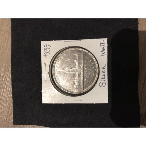 Canadian Dollar silver coin wwII from 1939