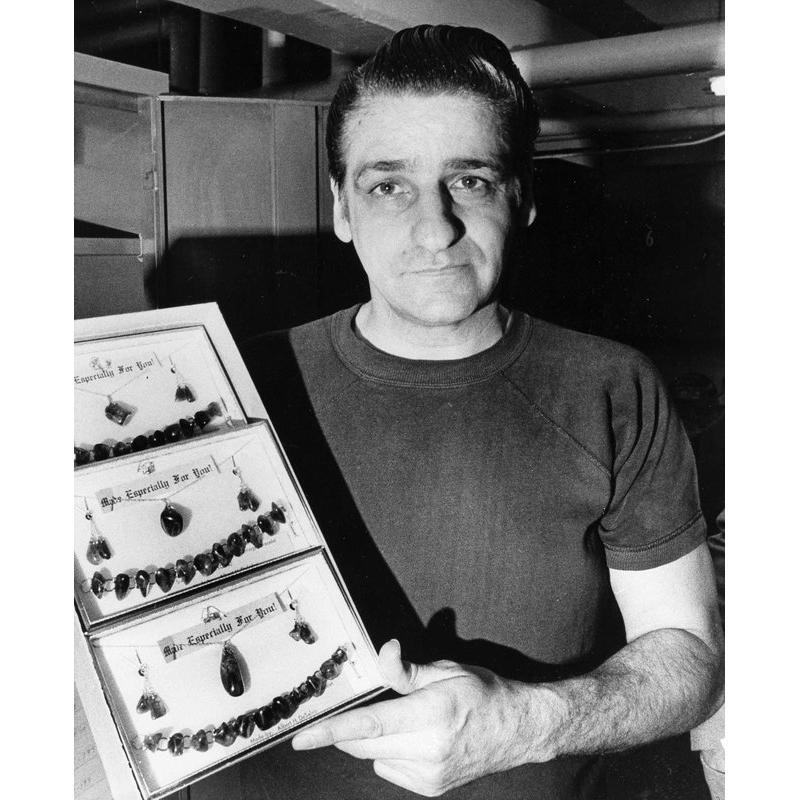 Deceased - Albert Desalvo Boston Strangler handmade gold necklace and pendant with  brown goldstone no.9 from walpole prison late 1960's