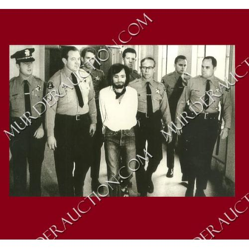 CHARLES MANSON photograph 4×6 (with officers) DECEASED